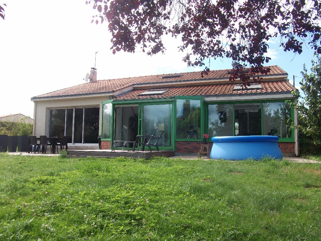 PONT SAINT MARTIN : Maison familiale de 140m², sur belle parcelle