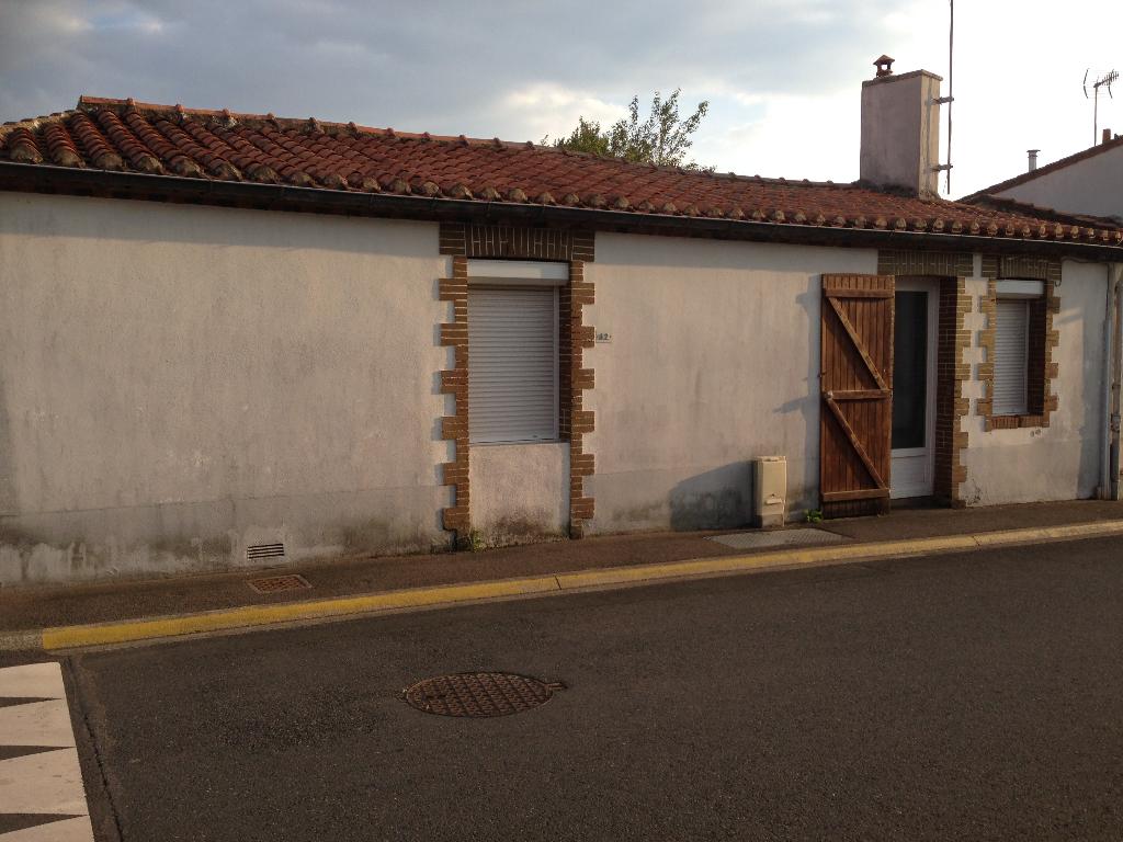 ST PHILBERT DE BOUAINE : Maison de plain pied 45 m² - 1 chambre